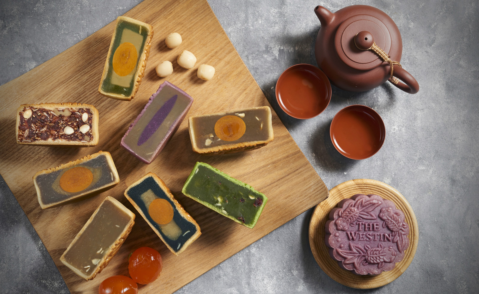 MARRIOTT BONVOY HOTELS USHER IN MID-AUTUMN WITH EXQUISITE MOONCAKES news cover image